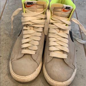 Old School Nike's